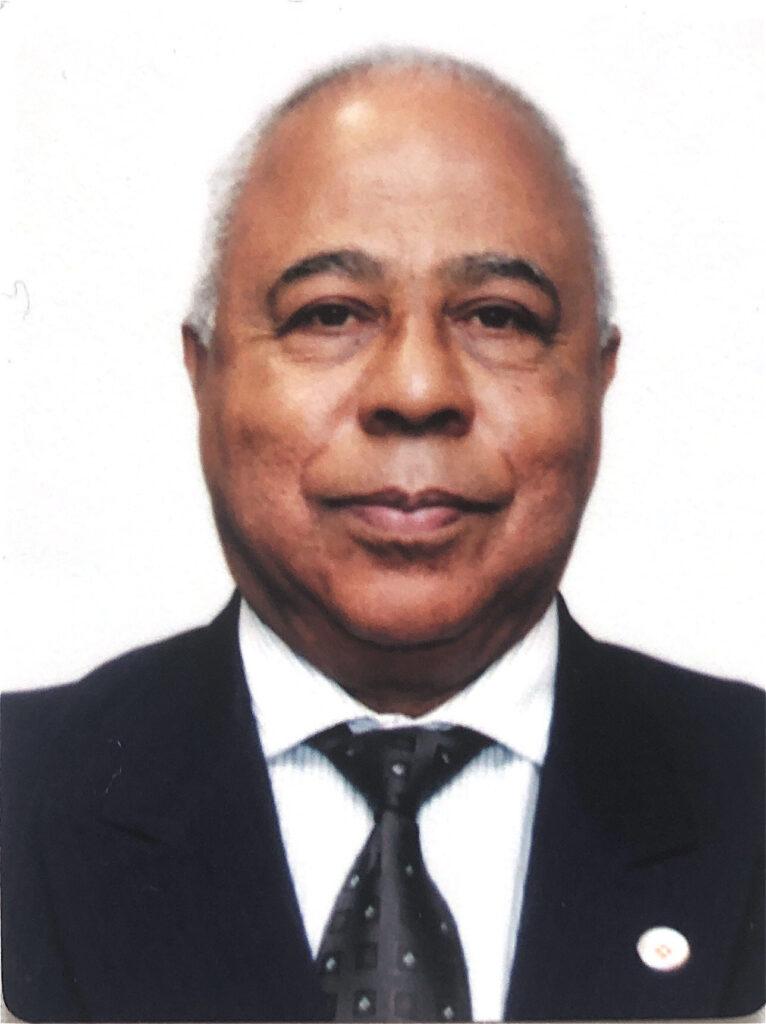 Carlos Alberto Reis de Paula